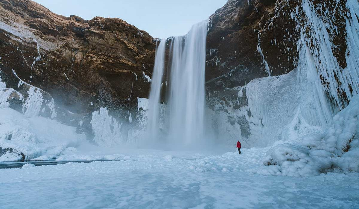 cascade Islande sous la glace