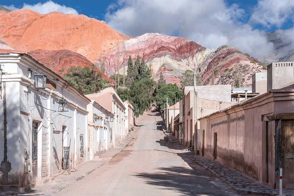 village de Purmamarca au nord de l'argentine