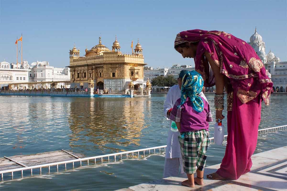 temple d'or à Amritsar en Inde